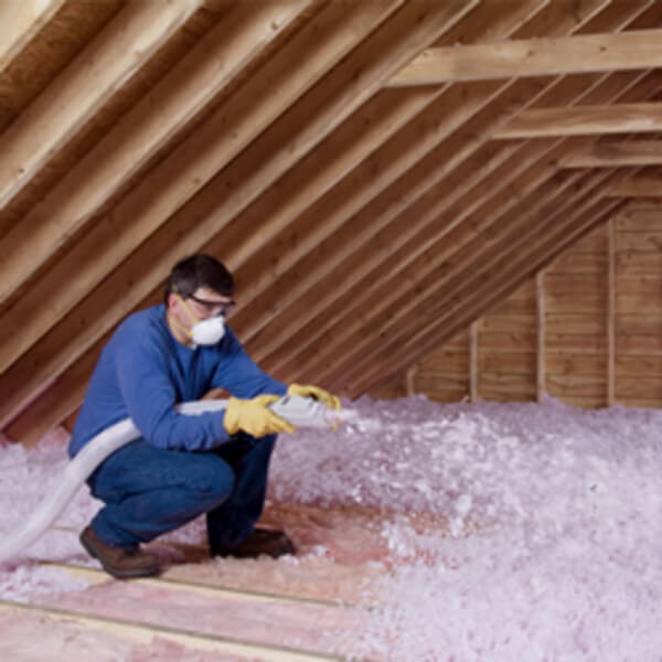Attic insulation with glass wool