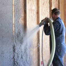 Insulation service - cellulose wadding