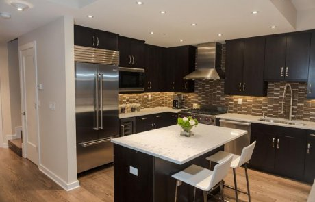 Kitchen renovation Laval