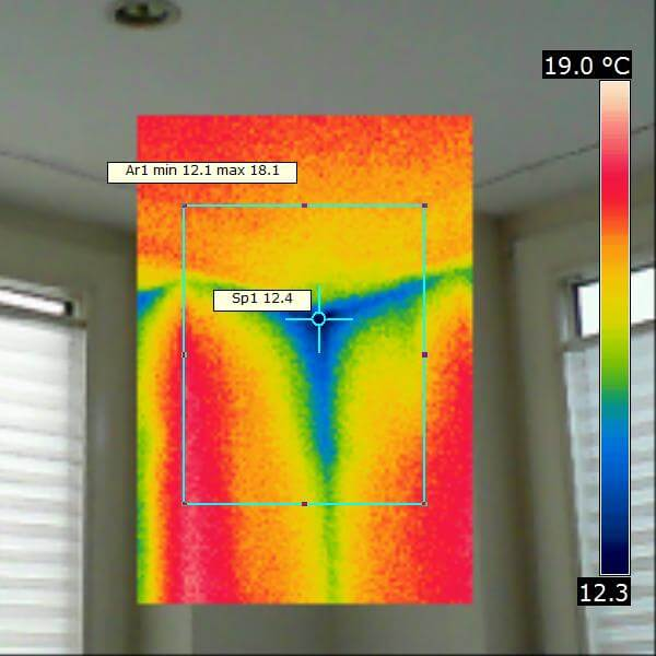 Roofing insulation and thermographic imaging