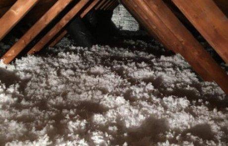 Attic insulation in Brossard, Blown-in fiberglass wool