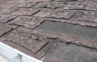 Shingle roof repair in Brossard