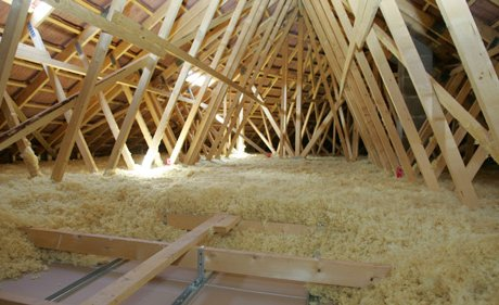 Isolation de toit, laine soufflée