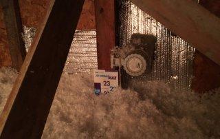 Isolation de toit, ajout de laine de fibre de verre