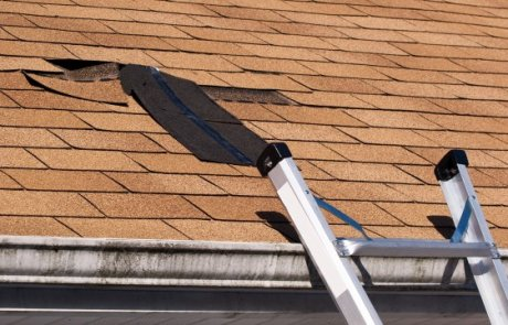 Réparation de toiture en bardeaux, Laval