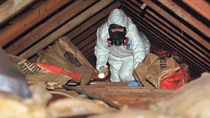 Décontamination de vermiculite dans l'entretoit, St-Jean
