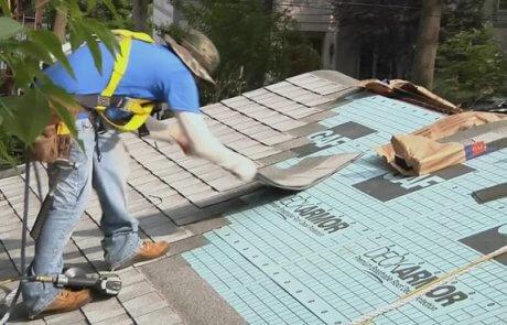 Rénovation de toiture toit simple en bardeaux, Brossard