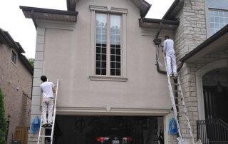 Peintres, murs extérieurs maison